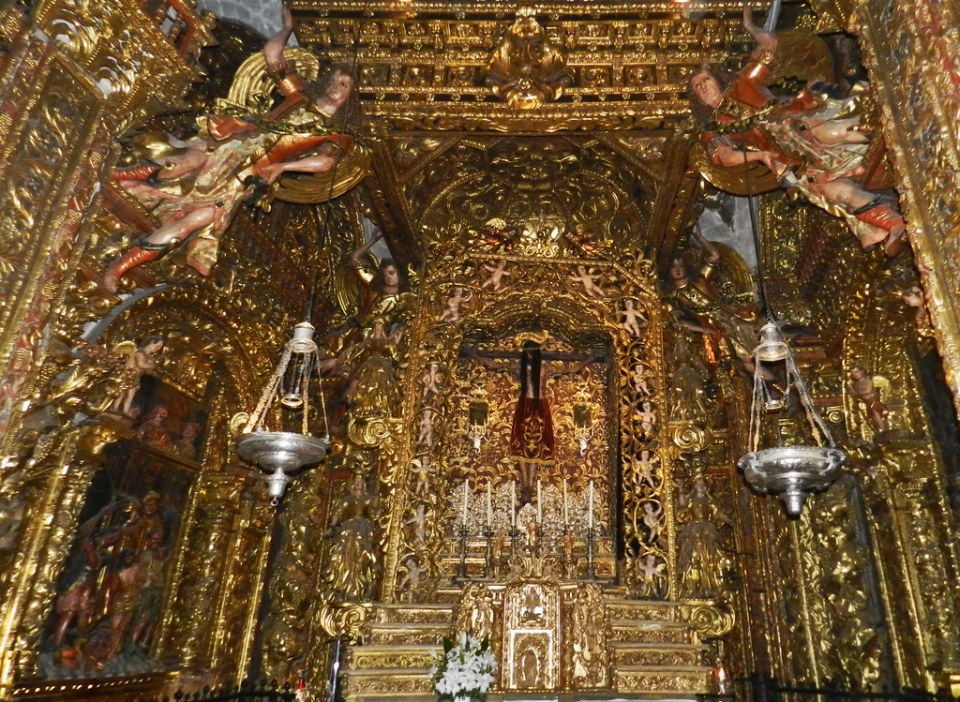 Capilla retablo Santo Cristo Catedral San Martín Orense 07