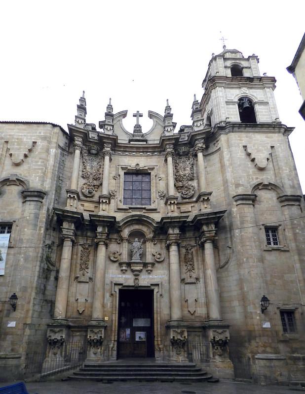 Parroquia exterior Iglesia de Santa Eufemia Orense 01