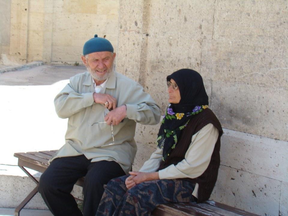 hombre y mujer mayor su gente Turquía 13
