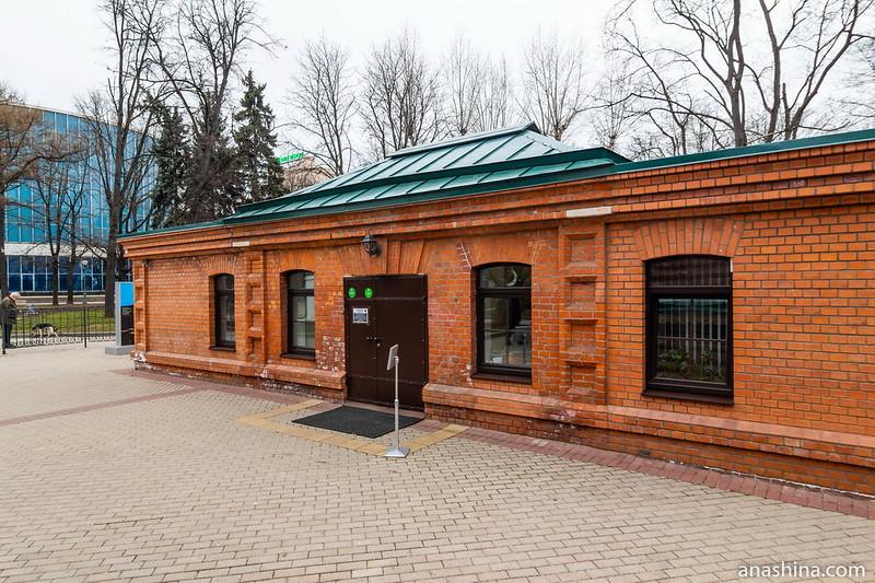 Бывший Каретный сарай, Кутузовская изба, Фили, Москва