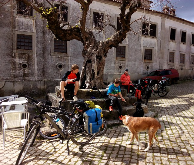 Teresa, Filip, and their two sons (from Évora) were mountain bike touring the villages in this region. by bryandkeith on flickr