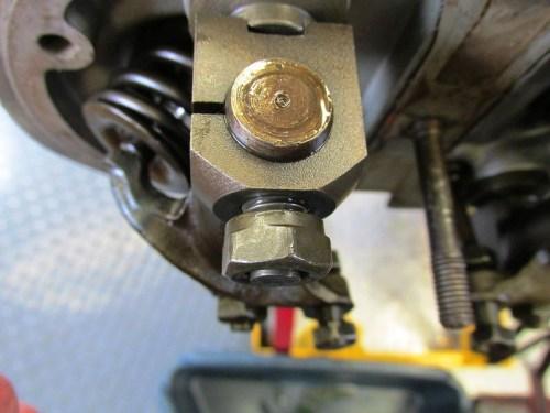 Rocker Assembly Cylinder Stud Nut Mounting Detail