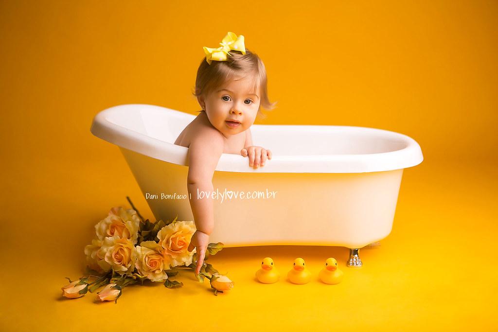 danibonifacio-lovelylove-fotografia-foto-fotografa-baby-criança-infantil-acompanhamento-mensal-ensaio-smashthecake-book-estudio-ensaio-newborn-balneariocamboriu-itajai-itapema-bombinhas-portobelo-gaspar-brusque