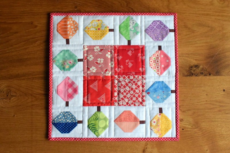 Quilty Fun Leaf Mat
