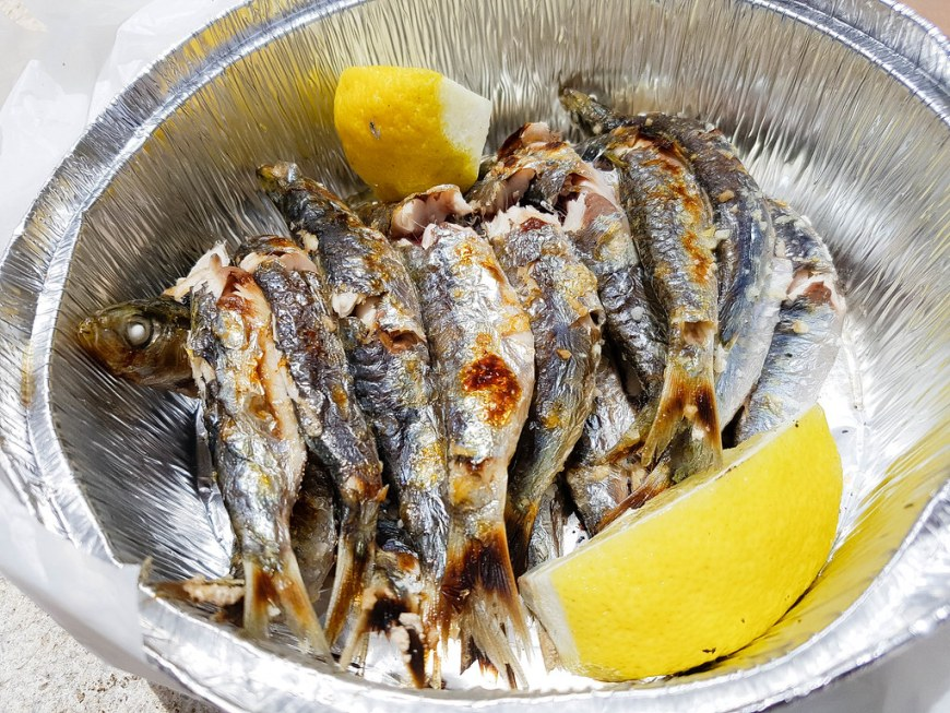 A plate of fried fish