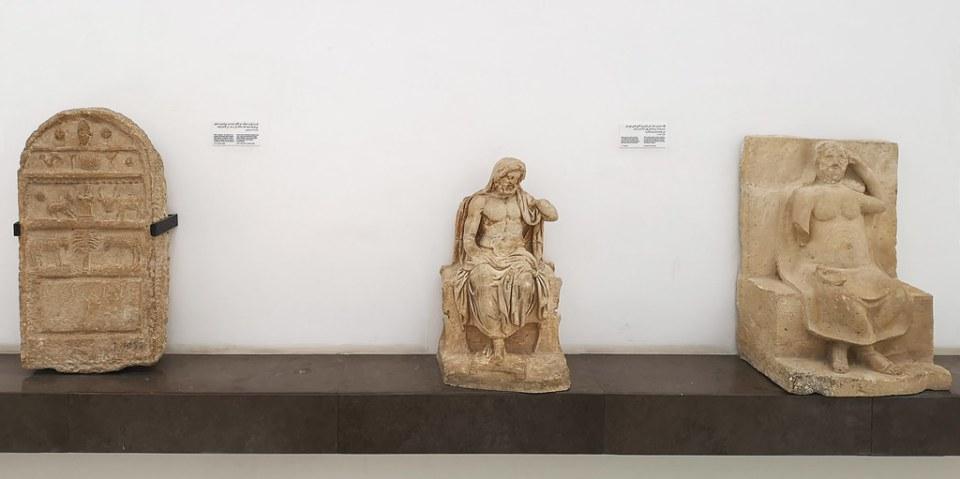 relieve escultura estela funeraria Museo Nacional del Bardo Tunez 02