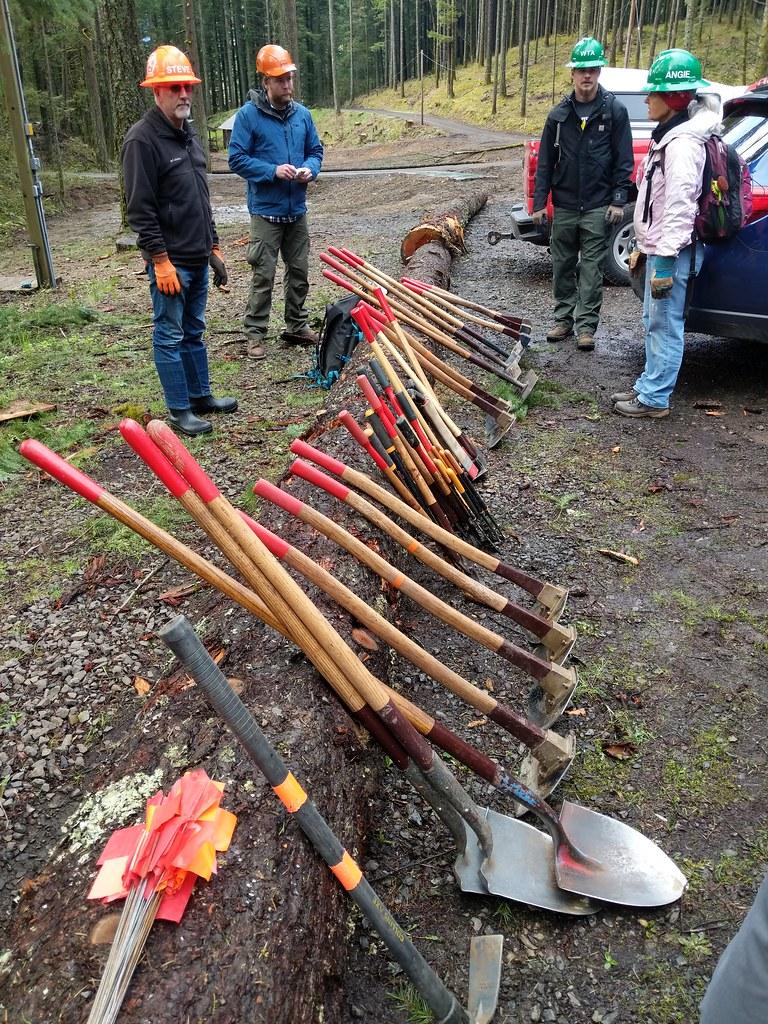 20190414_CascadeLocks_PCTA Trail skills college_Nathan Zaremskiy_001