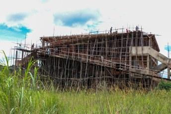 Het eerste waar we in Malawi mee geconfronteerd werden was de typische bouwstijl van het land.
