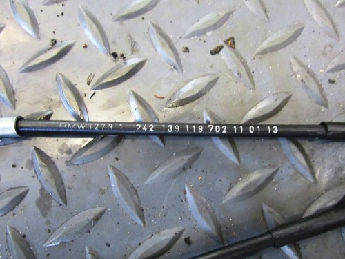 Carburetor Choke Cables-Part # 32 73 1 242 139