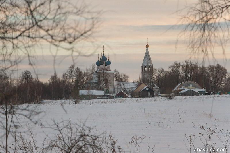 Церковь Иоакима и Анны в Лучинском