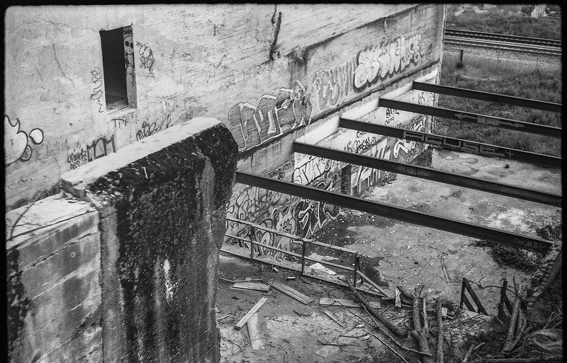 looking down, indusatrial landscape, abandoned warehouse, graffiti, River District, Asheville, NC, FED 4, Industar 26, Derev Pan 200, HC-110 developer, 5.19.19_