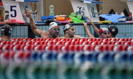 5 consigli per nuotare consapevolmente e plastic free