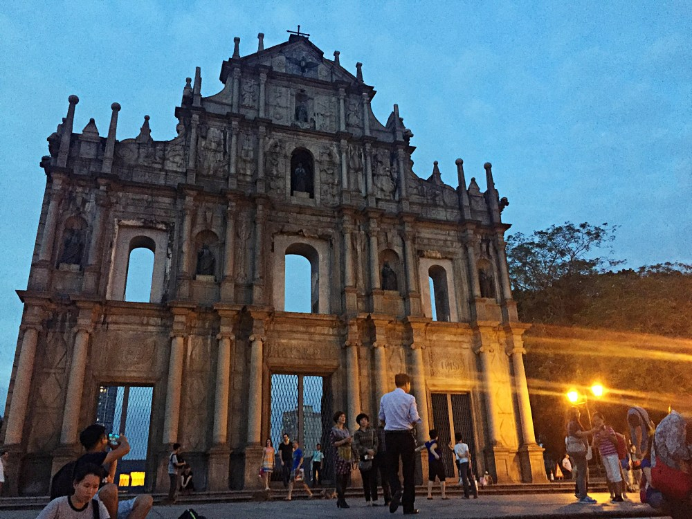 6 Nov 2015: Ruins of St Paul's 澳門大三巴牌坊 | Macau, China