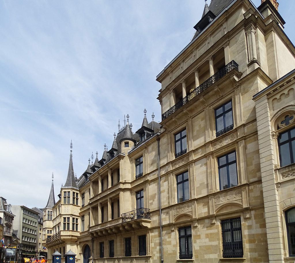 edificio exterior Palacio Gran Ducal Luxemburgo 02