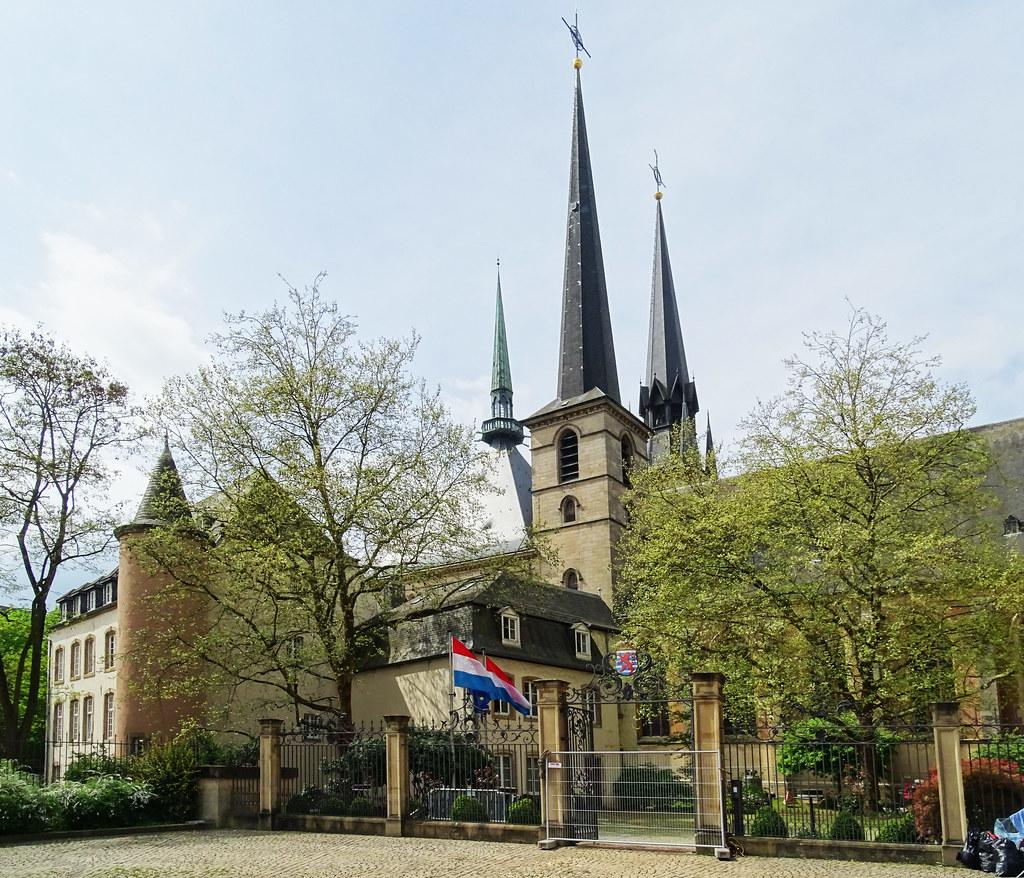 edificio residencia oficial del primer Ministro Ciudad Alta ciudad de Luxemburgo 03