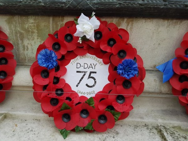 dday pudsey cenotaph