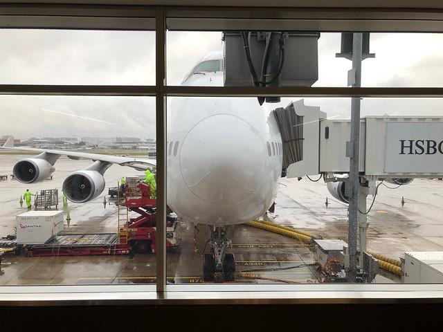 シドニー空港 ボーイング747-400 正面から