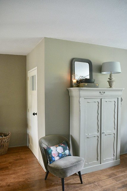 Landelijke woonkamer lichte kleuren