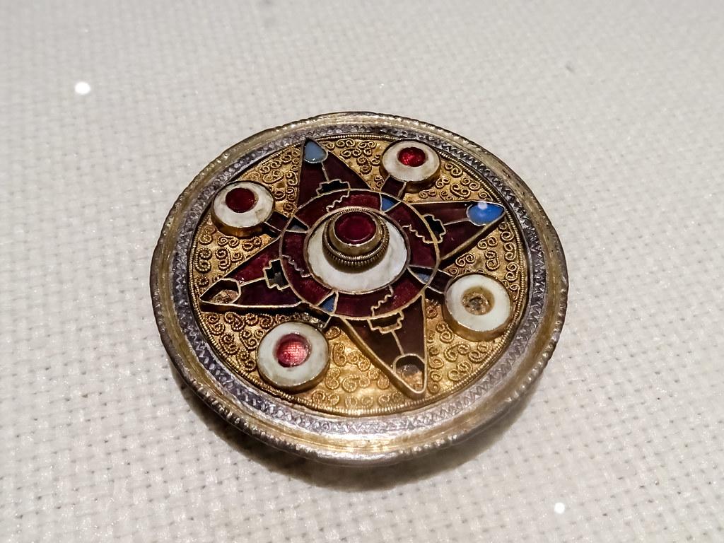 broche de Wingham plata dorada exposicion Edad Media del British Museum en Caixa Forum Madrid