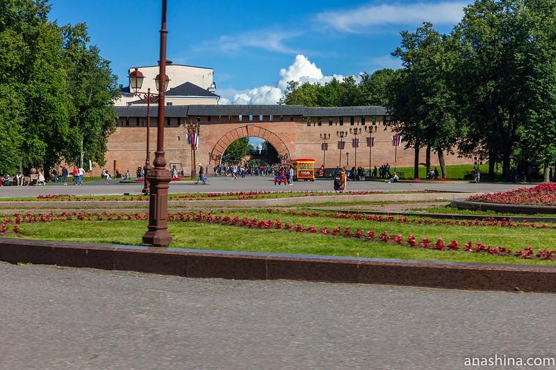 Воскресенская арка, Новгородский кремль, Великий Новгород