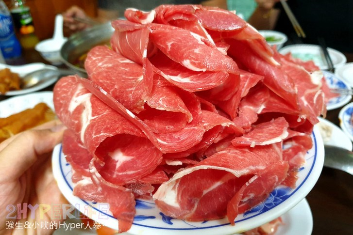 48344807301 2dd159b538 c - 隱藏在中國醫巷弄裡的嵐田麻辣鴛鴦火鍋 ,有三種湯頭可選擇吃到飽,肉品海鮮選擇多喔~