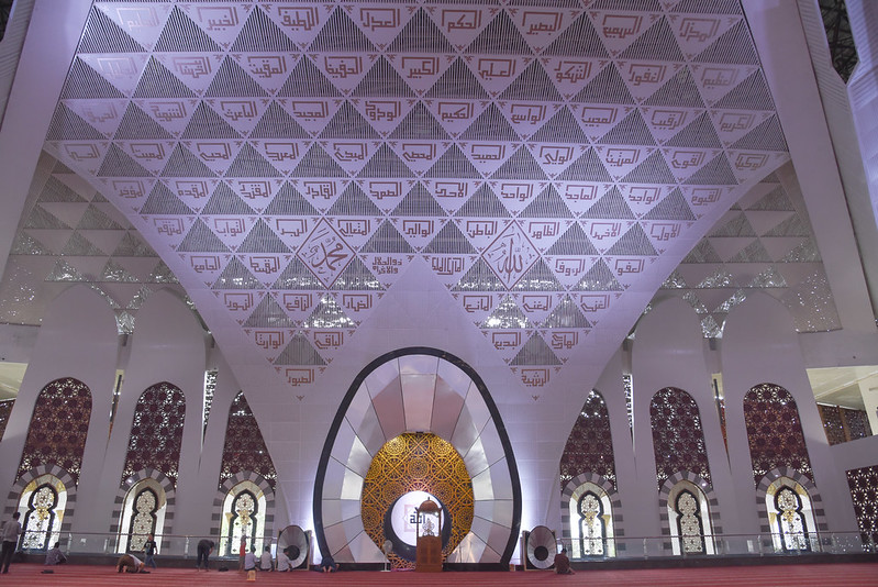 interiors of the grand mosque of western sumatra