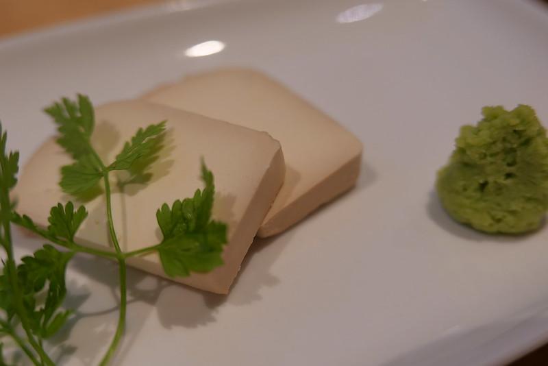 クリームチーズの蜜りんご醤油漬け