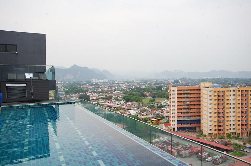 m roof ipoh swimming pool