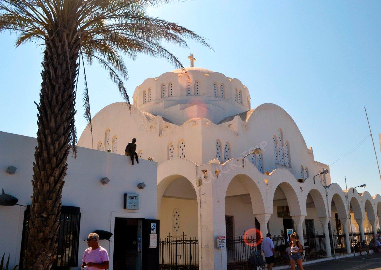 Catedral ortodoxa de Fira | Santorini | Islas Griegas | Grecia | ClickTrip