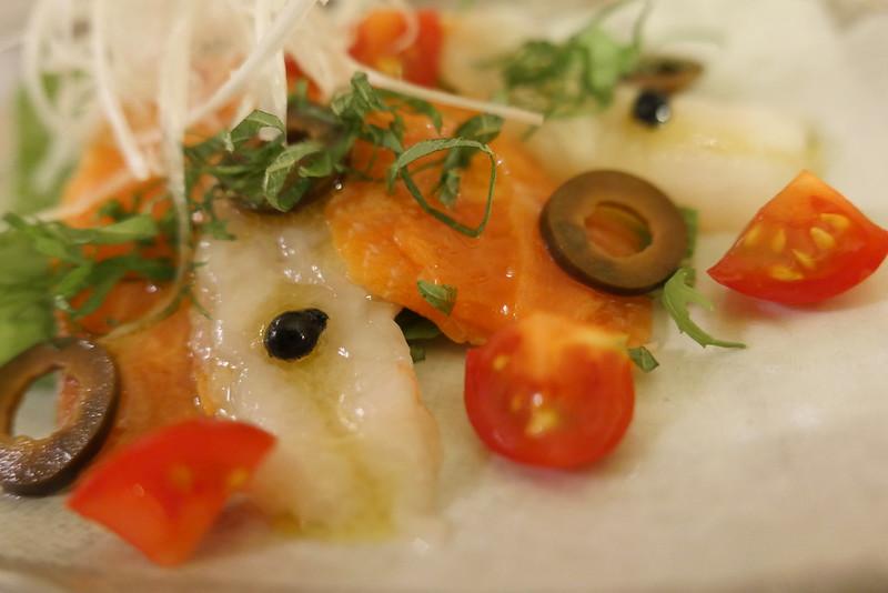 サーモンと甘エビのカルパッチョ Salmon & Northern Pink Shrimp Carpaccio