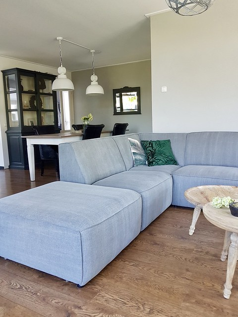 Grote loungebank woonkamer landelijk