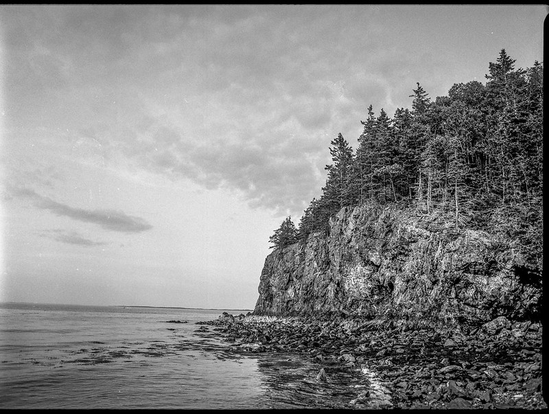 oceanside bluff, low tide, late light, Owl's Head State Park, Owl's Head, Maine, Mamiya 645 Pro, mamiya sekor 45mm f-2.8, Kodak TMAX 400, HC-110 developer, July 2018 (1 of 1)