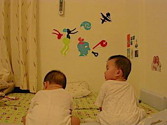 爸爸剪紙(八個月大)