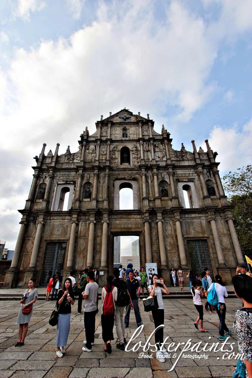 Ruins of St. Paul's 大三巴牌坊 | Macau, China