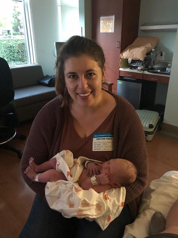 Dani is an auntie!