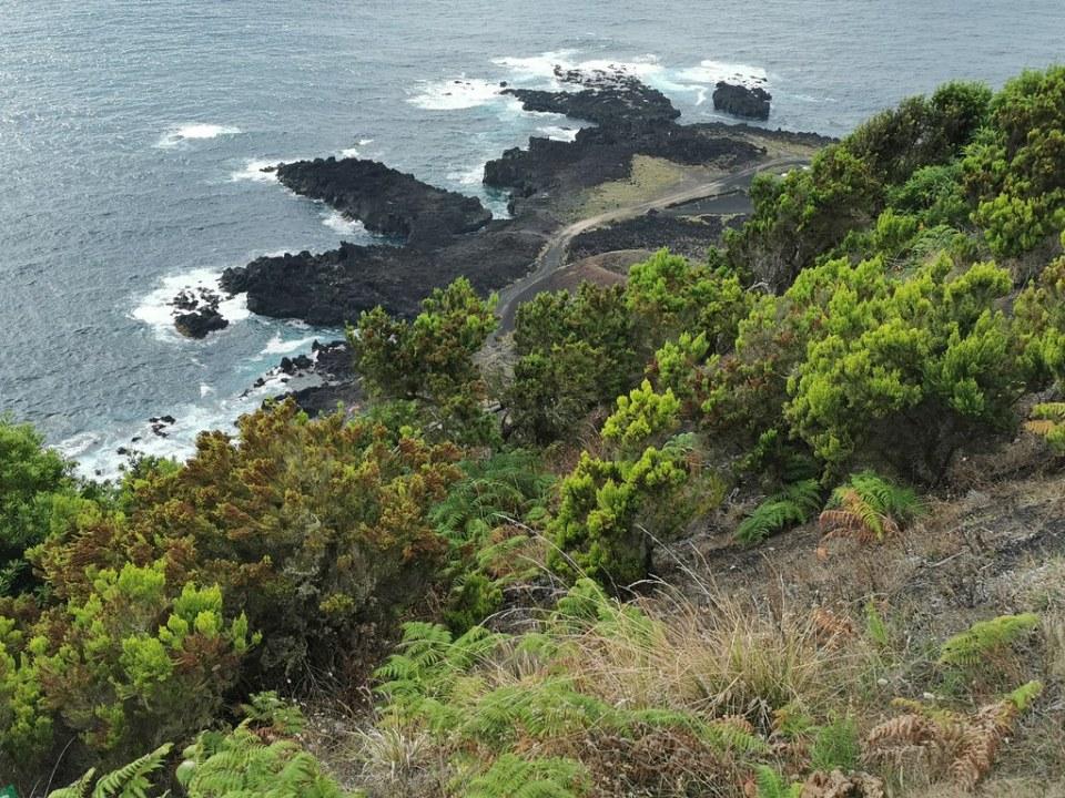 Ponta da Ferraria piscina termal natural Serra Devassa Isla de San Miguel Azores Portugal 01
