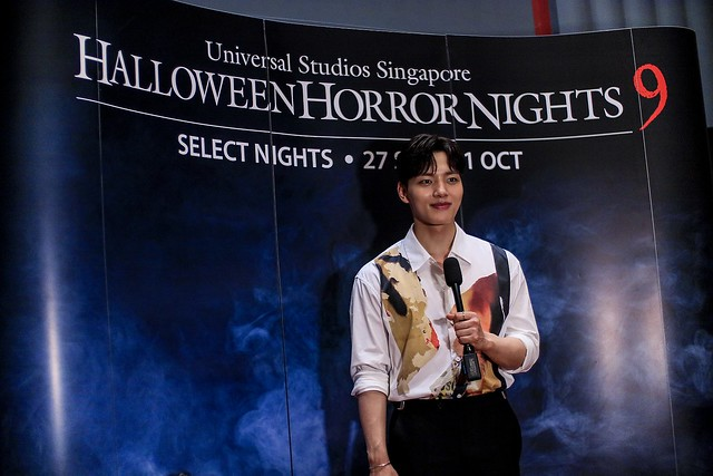 Yeo Jin Goo answering media questions after the haunted house tour