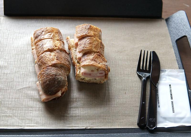 オニオン サンドイッチ