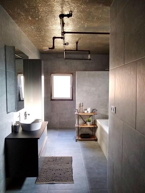 Stoere badkamer stalen buizen