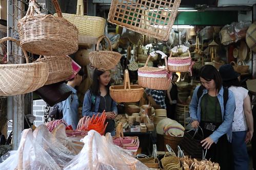 台北迪化街:滋養製菓、高建桶店