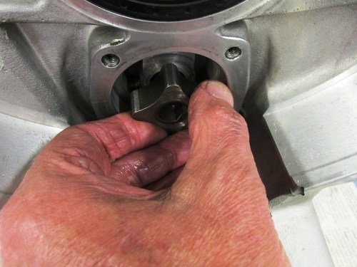 Just Pull To Remove Oil Pump Inner Rotor