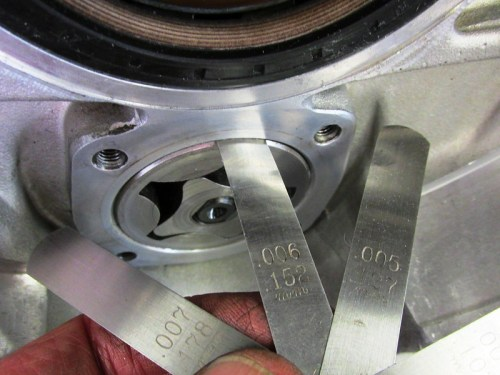 Measuring Clearance Between Case and Oil Pump Outer Rotor
