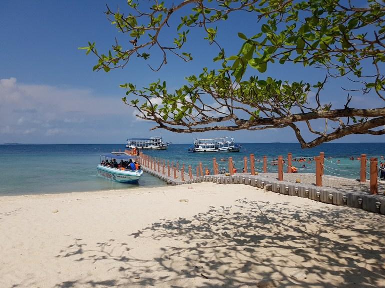 Koh Tha Lu - โป๊ะเรือ เกาะทะลุ ระยอง