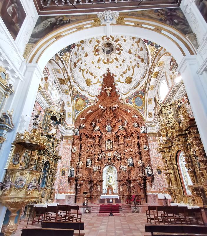 altar mayor interior Iglesia del Carmen Antequera Malaga 01