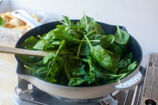 saute garlic, wilt the spinach