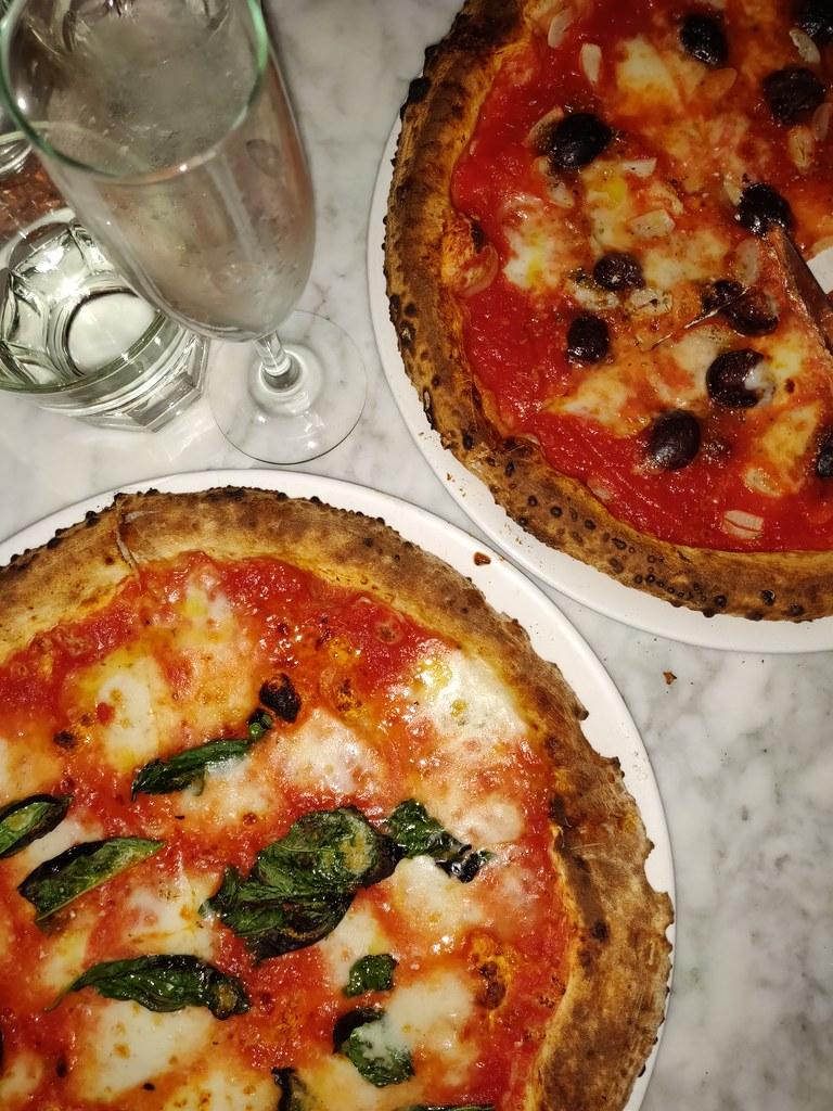 Olives Marinara Pizza Motorino