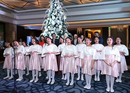 Crimson Hotel Gleeful performances by OB Montessori Center Primary and Intermediate Angels' Choir