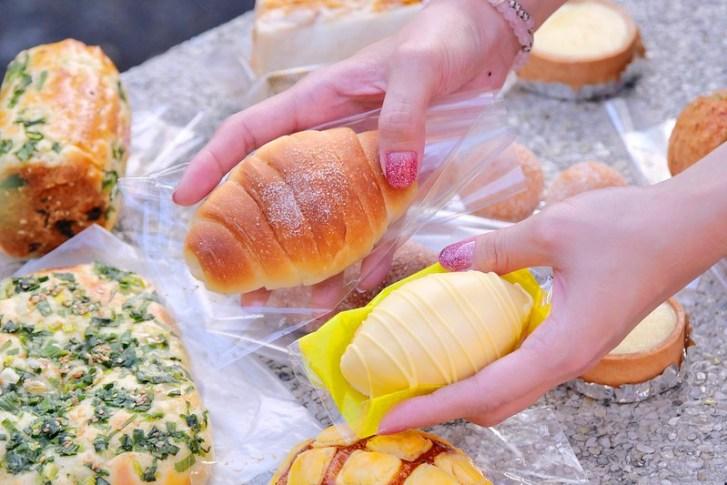 49086572512 7ef4ea37a7 c - 台中麵包甜點_ㄅㄨㄅㄨ麵包車:排隊麵包車大里/大雅/東興路出沒 最便宜5個100元2.5小時快閃完售!