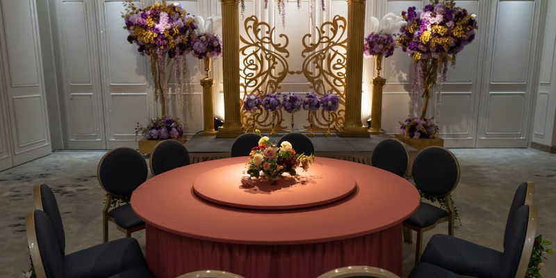 新北婚宴會館推薦|豪鼎飯店:絕美色系婚宴廳,一週僅開放一場乾燥玫瑰粉、莫蘭迪藍灰,走進婚宴場地如同走進一件仙氣禮服內@婚宴會館.婚宴場地.新北婚宴會館
