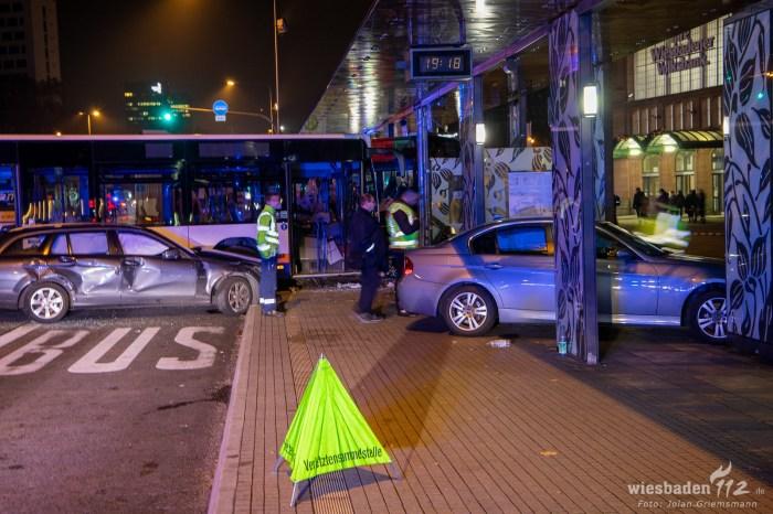 Busunfall Wiesbaden Hauptbahnhof (14 von 21)